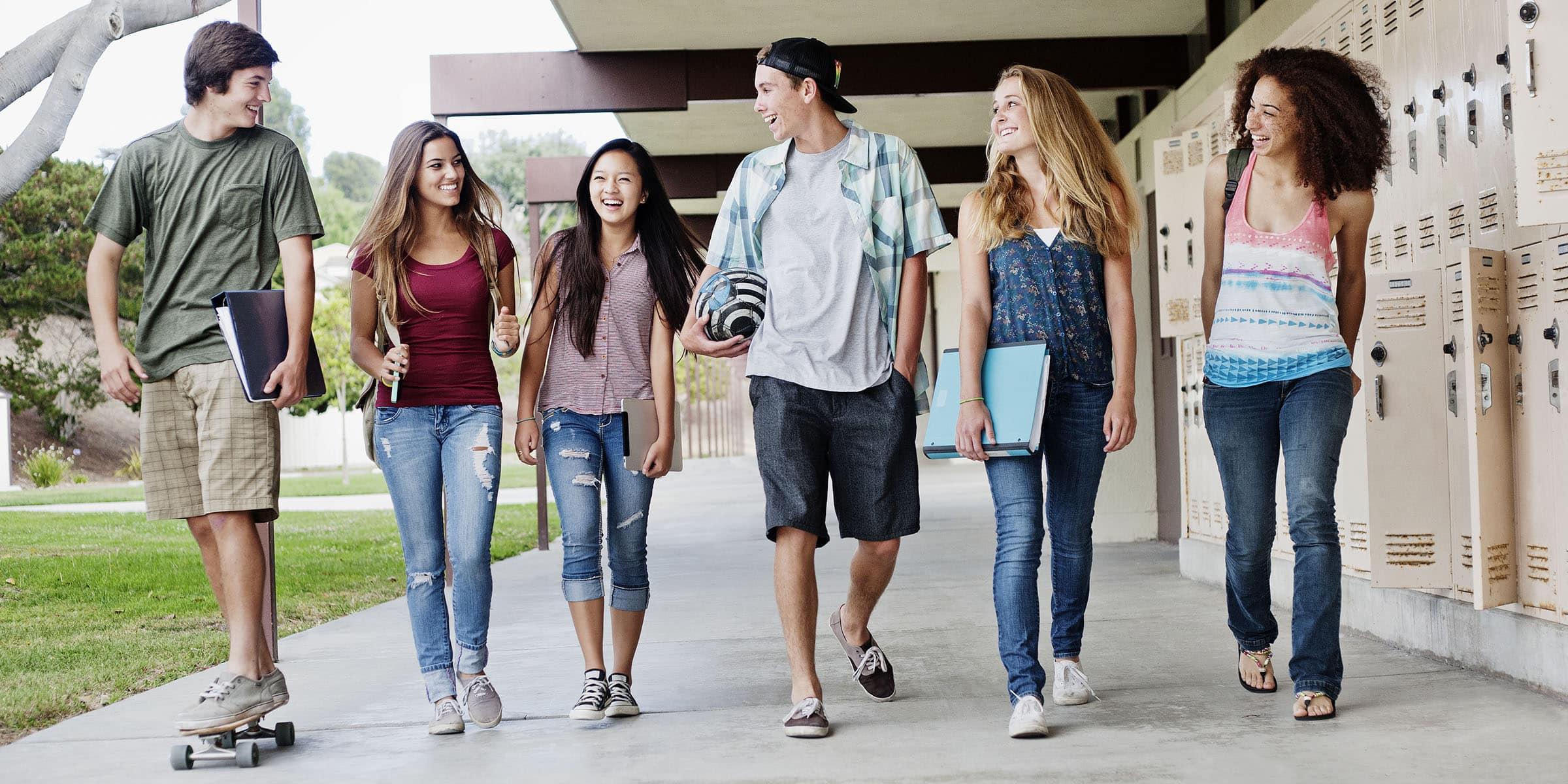 L'évolution de la taille des adolescents depuis 30 ans dans le monde. Étude complète.