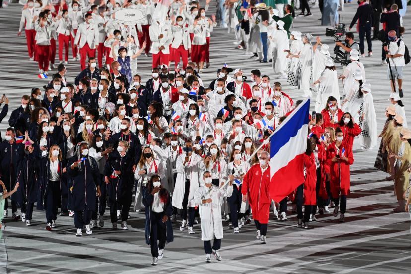 Combien mesurent les joueurs des équipes de France de Volley, Handball et Basket des JO de Tokyo 2021 ?